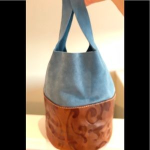 Amazing blue suede and leather travel bag